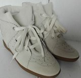 The Perfect Sneakers_